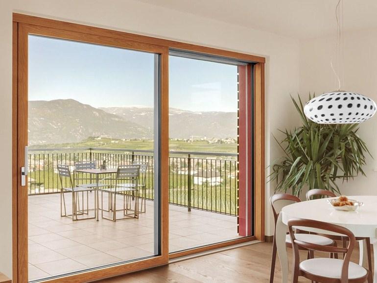 Finstral non solo infissi ma anche porte finestre gioma - Finestre esterne in alluminio ...